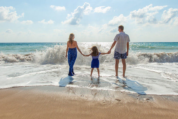 family on vacation (Personal Savings for All of Life's Moments)
